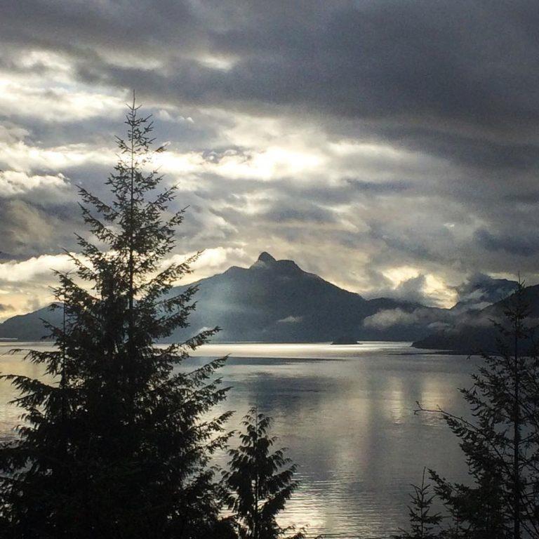 Howe Sound: Nice to see the sun