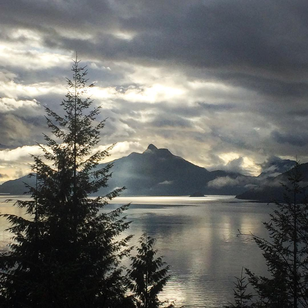 Howe Sound: Nice to see the sun