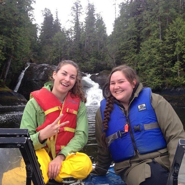 Lia and Ayla finding bears